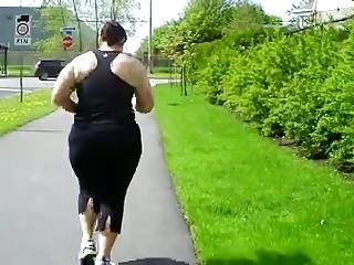 Chubby Dolly running