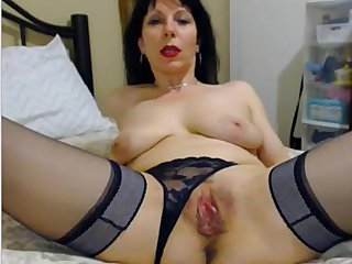 Silvana down in the mouth MLF thing pussy nr 345