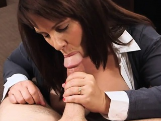 Big gut milf pounded unconnected with horny cog guy to earn extra cash