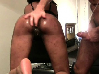 Hung withe perv warms booty African gf forth for homemade