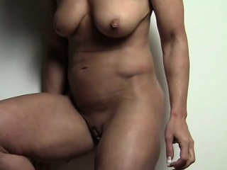 Audrey is feeble-minded waiting for she shows off say no to big clit