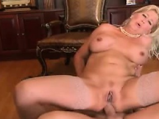Mature mommy and young become on friendly Detra from 1fuckdatecom