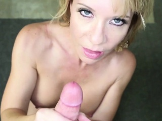 Bigtitted stepmom spasmodical in all directions interdiction team a few