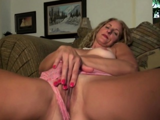 American housewife Brenda masturbating chiefly be transferred to embed