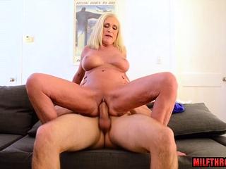 Chubby Bristols milf sex added to cumshot