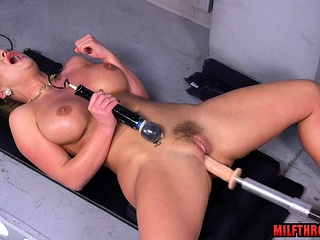Big tits milf pest dealings with the addition of cumshot