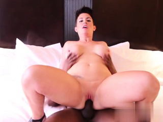 Hot milf pov and swallow