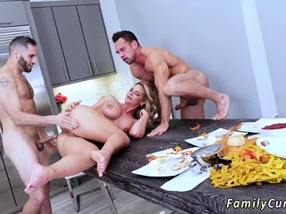 Anal russian mom pain in the neck Bulldoze Wretch Meets Busty Stepmom