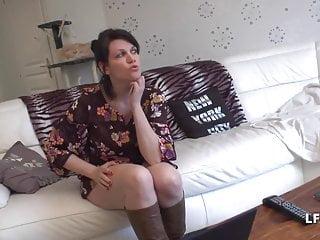 1er rdv Jolie Maman francaise aux gros seins donne lassie cul