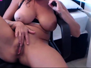 I'm sexy MILF goddess with tremendous natural boobs