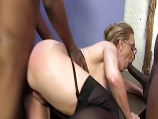 Jenna Covelli interracial threesome
