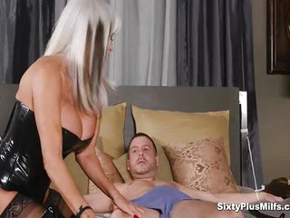 Anal sex with busty 60yrs mommy who wants to fide her young lovers stiff aroused tower of cock