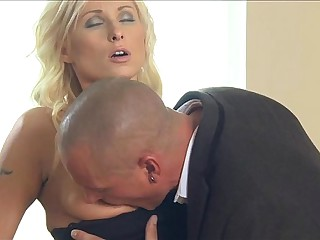 MOM wife romanced to orgasm